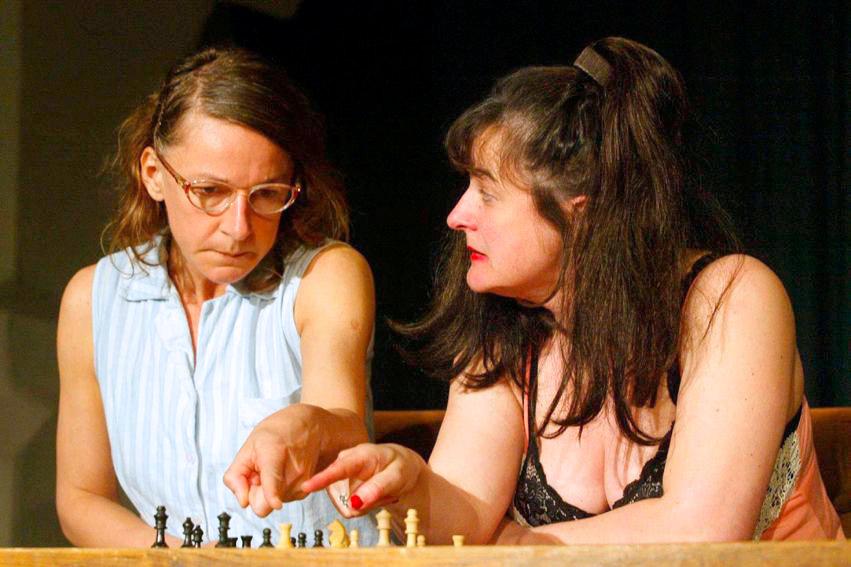 Frauen. Krieg. Lustspiel