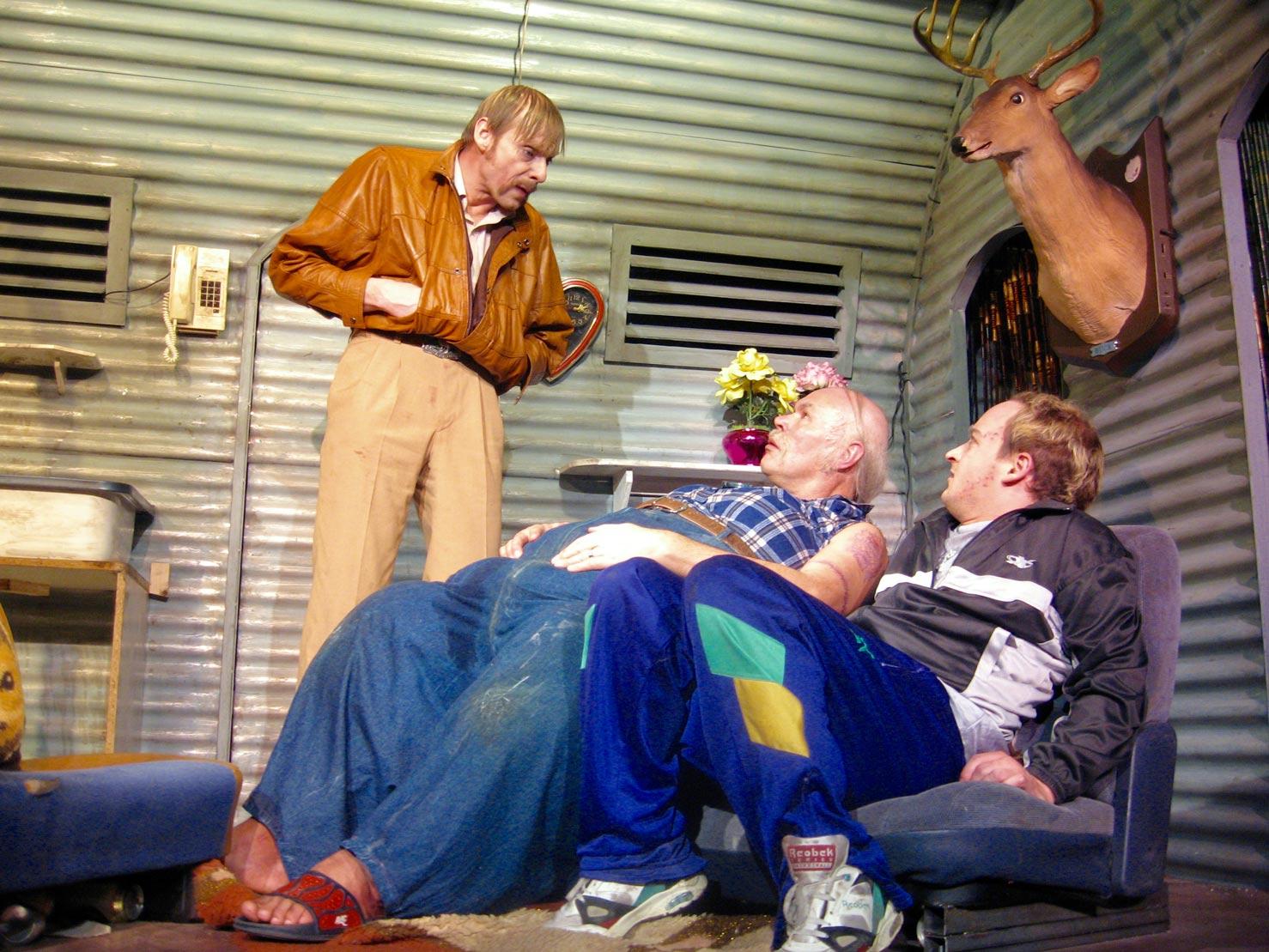 projekttheater---killer-joe---badstuebner-nigsch-pass_pic